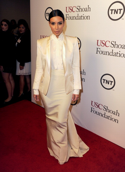 White Blouse「USC Shoah Foundation's 20th Anniversary Gala - Reception」:写真・画像(2)[壁紙.com]