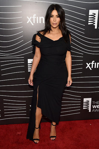 Black Color「The 20th Annual Webby Awards - Arrivals」:写真・画像(2)[壁紙.com]
