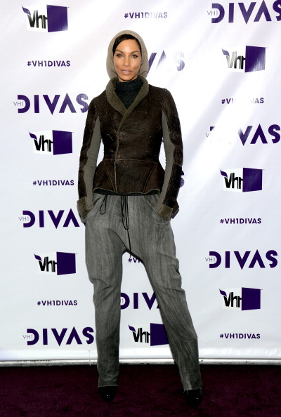 "Hands In Pockets「""VH1 Divas"" 2012 - Arrivals」:写真・画像(7)[壁紙.com]"