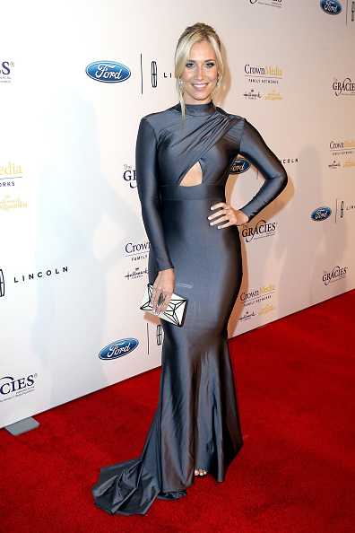 Cut Out Clothing「41st Annual Gracie Awards」:写真・画像(19)[壁紙.com]