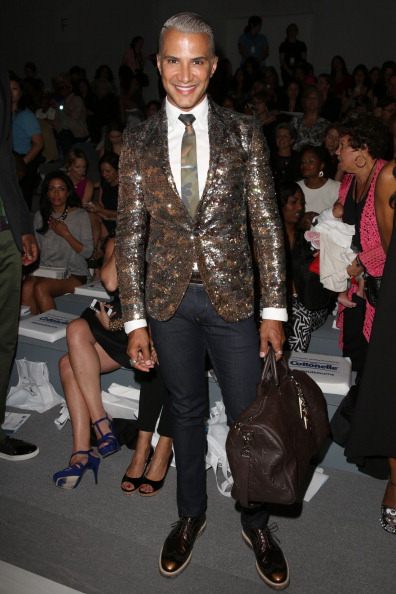 Striding「Strut: The Fashionable Mom Show - Front Row - Mercedes-Benz Fashion Week Spring 2014」:写真・画像(12)[壁紙.com]