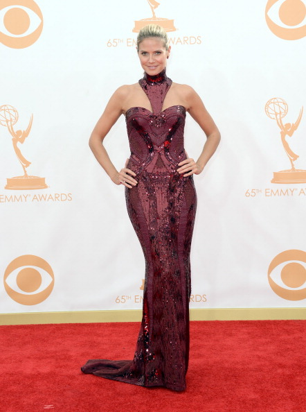 Versace Dress「65th Annual Primetime Emmy Awards - Arrivals」:写真・画像(7)[壁紙.com]