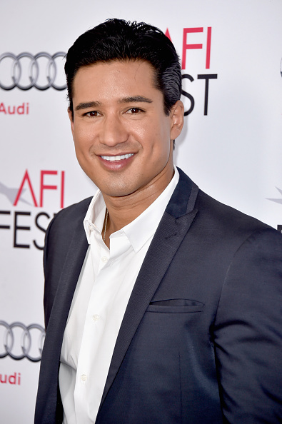 """Mario Lopez「AFI FEST 2014 Presented By Audi Opening Night Gala Premiere Of A24's """"A Most Violent Year"""" - Arrivals」:写真・画像(2)[壁紙.com]"""