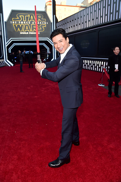 Mario Lopez「Premiere Of 'Star Wars: The Force Awakens' - Red Carpet」:写真・画像(6)[壁紙.com]