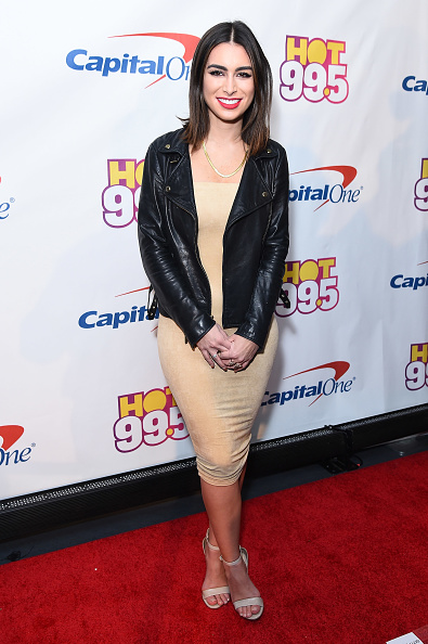 Pencil Dress「Hot 99.5's Jingle Ball 2016 - PRESS ROOM」:写真・画像(9)[壁紙.com]