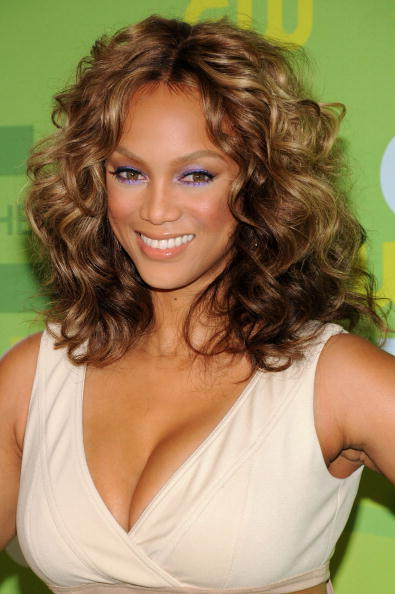Curly Hair「The CW Network's Upfront」:写真・画像(3)[壁紙.com]