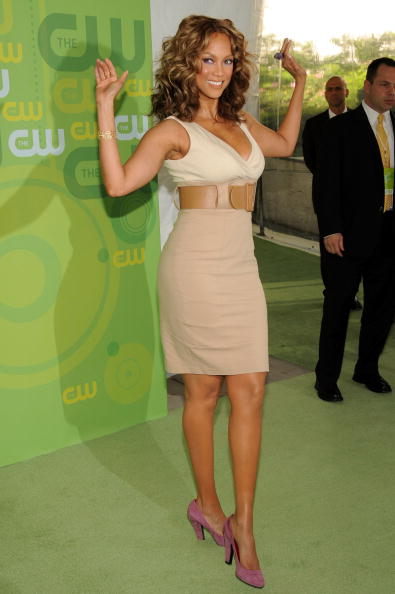 Form Fitted「The CW Network's Upfront」:写真・画像(14)[壁紙.com]