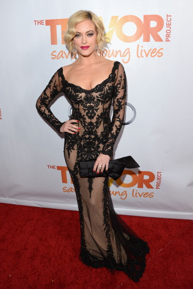 "Nude Colored Dress「""TrevorLIVE LA"" Honoring Jane Lynch And Toyota For The Trevor Project - Red Carpet」:写真・画像(15)[壁紙.com]"