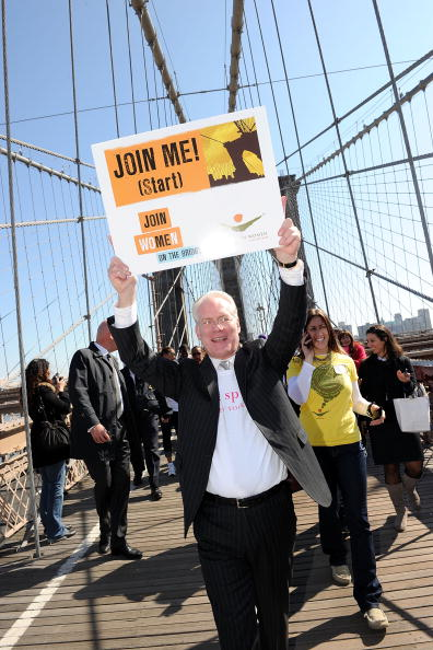 "Suspension Bridge「Women For Women International Host ""Join Me On The Bridge"" Global Campaign」:写真・画像(9)[壁紙.com]"