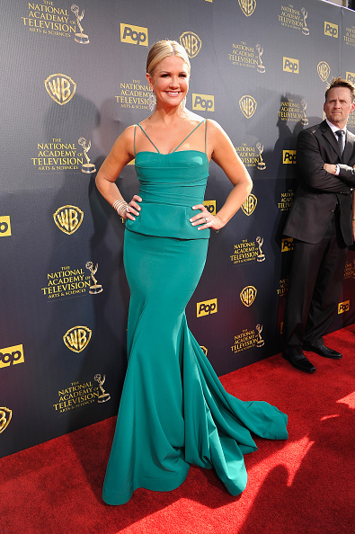 Long Dress「The 42nd Annual Daytime Emmy Awards - Red Carpet」:写真・画像(16)[壁紙.com]