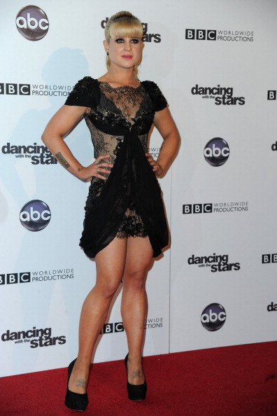 "Hair Back「ABC's ""Dancing With The Stars"" 200th Episode Red Carpet」:写真・画像(17)[壁紙.com]"