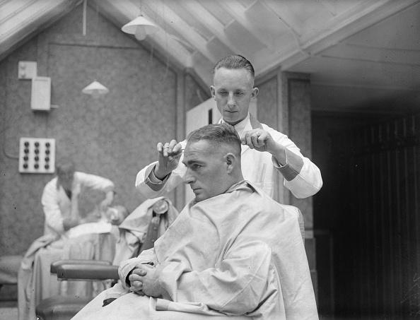 Fred Morley「Batsman Barber」:写真・画像(16)[壁紙.com]