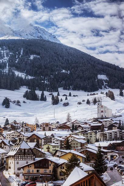 Swiss Ski Resort:スマホ壁紙(壁紙.com)