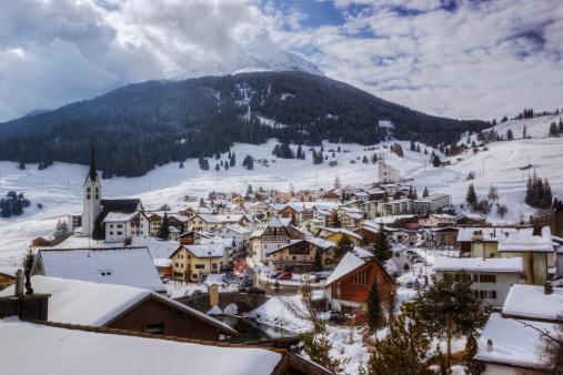 Ski Resort「Swiss Ski Resort」:スマホ壁紙(14)
