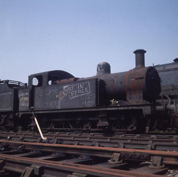 Graffiti「Dead Trains」:写真・画像(5)[壁紙.com]