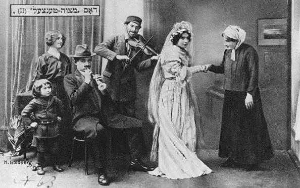 Klezmer「'The Wedding Mitzvah Dance', 1910.」:写真・画像(3)[壁紙.com]