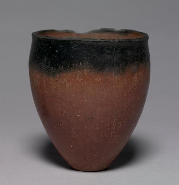 Pottery「Black-Topped Beaker」:写真・画像(8)[壁紙.com]