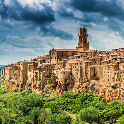 Gothic Style「Beautiful town in Tuscany, Pitigliano. Province of Grosseto.」:スマホ壁紙(15)