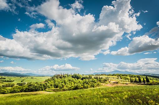 Tuscany「Beautiful Tuscany landscape. Italy, Europe」:スマホ壁紙(15)