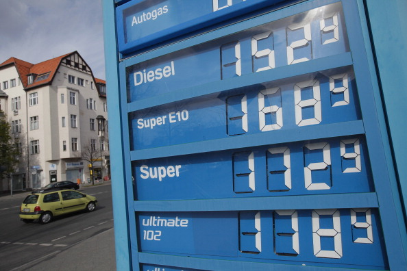Refueling「E.U. Parliament To Debate Raising Diesel Tax」:写真・画像(15)[壁紙.com]