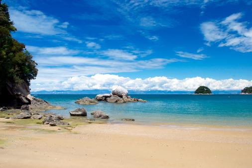 Abel kiwi「Split Apple Rock, Abel Tasman National Park, New Zealand」:スマホ壁紙(1)
