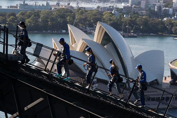 Sydney Harbor Bridge「Sydneysiders Marks 30th Anniversary Of Clean Up Sydney Harbour」:写真・画像(9)[壁紙.com]
