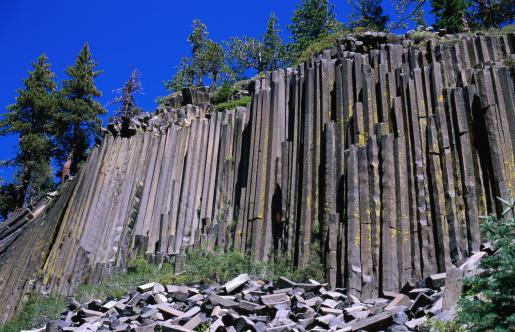 Basalt「Basalt columns of Devils Postpile National Monument rock formation.」:スマホ壁紙(2)
