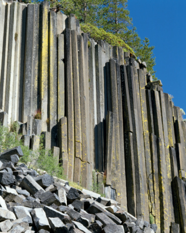 Basalt「Basalt columns of Devil's Postpile National Monument, California, USA」:スマホ壁紙(17)