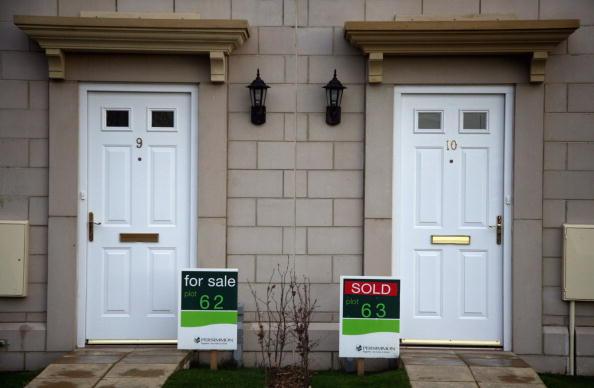 柿「UK's Biggest Housebuilder Postpones Start On New Homes As Sales Slump」:写真・画像(10)[壁紙.com]