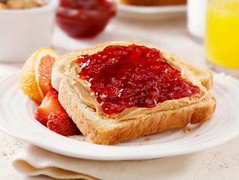 Sandwich「Peanut Butter and Jam on Toast」:スマホ壁紙(3)