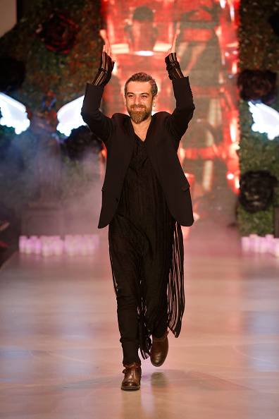 Tristan Fewings「Hakan Akkaya - Runway - Mercedes Benz Fashion Week Istanbul Fall/Winter 2015」:写真・画像(4)[壁紙.com]