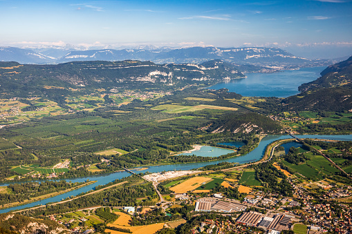 Lake Bourget「Beautiful aerial view French summer landscape viewed from Grand Colombier summit in middle of Bugey mountains in Ain department, with Rhone river, vibrant green fields and Lake Bourget in Savoie」:スマホ壁紙(4)