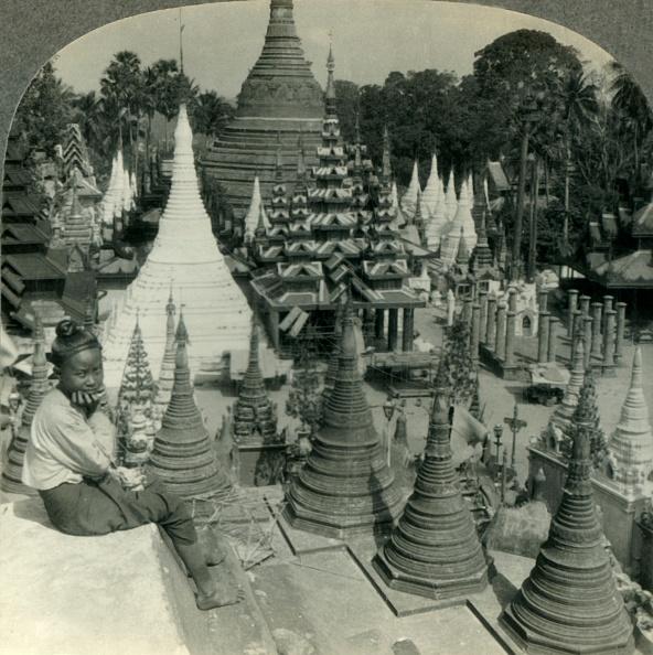 Young & Beautiful - Film「Beautiful And Varied Pagoda Shrines Of Shwe Dagon」:写真・画像(3)[壁紙.com]