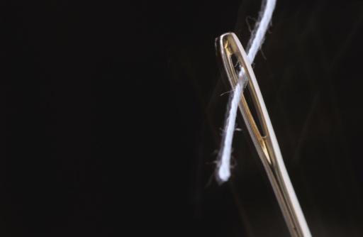 Sewing Needle「Threaded needle, extreme close up」:スマホ壁紙(17)
