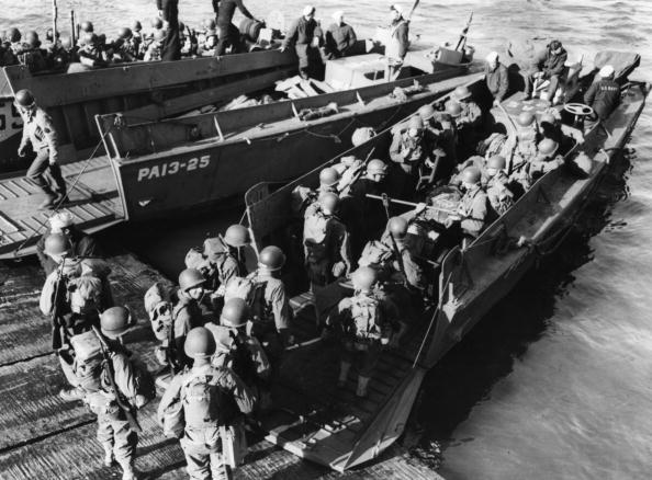 World War II「US LCVP」:写真・画像(7)[壁紙.com]