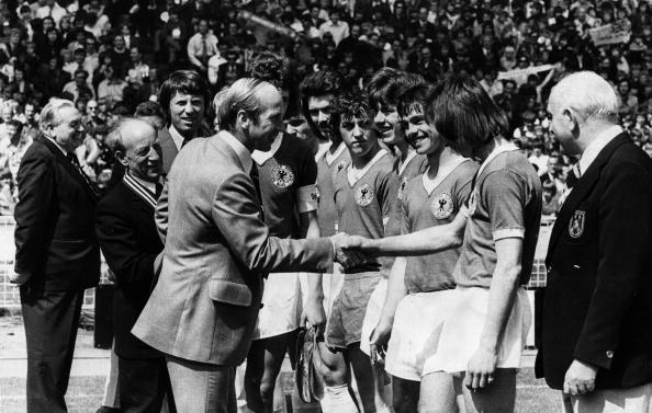 Sports Official「Bobby Charlton」:写真・画像(13)[壁紙.com]