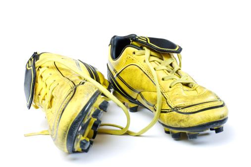 Traditional Sport「Yellow soccer cleats」:スマホ壁紙(13)