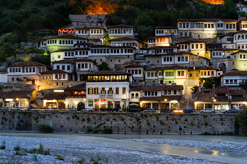 Albania「Albania, Berat County, Berat, Mangalem, Osum river, Ottoman houses in the evening」:スマホ壁紙(19)