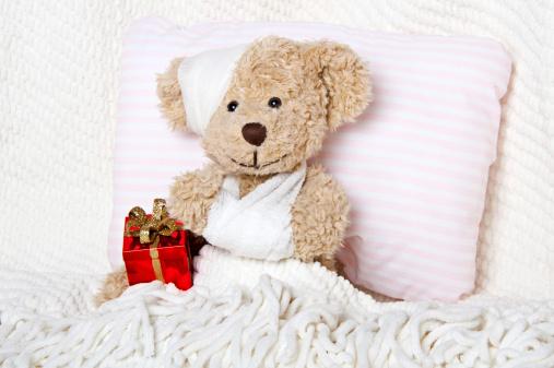 Doll「Suffering Injured Sweet Teddy Bear」:スマホ壁紙(9)