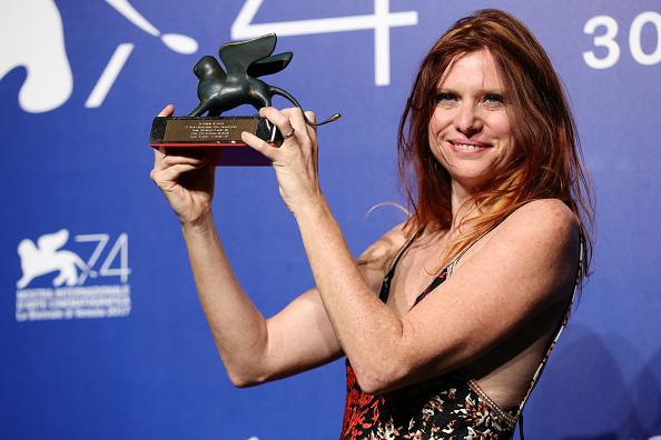 フォトコール「Award Winners Photocall - 74th Venice Film Festival」:写真・画像(16)[壁紙.com]