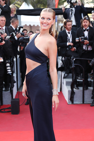 Adults Only「'The Beguiled' Red Carpet Arrivals - The 70th Annual Cannes Film Festival」:写真・画像(13)[壁紙.com]