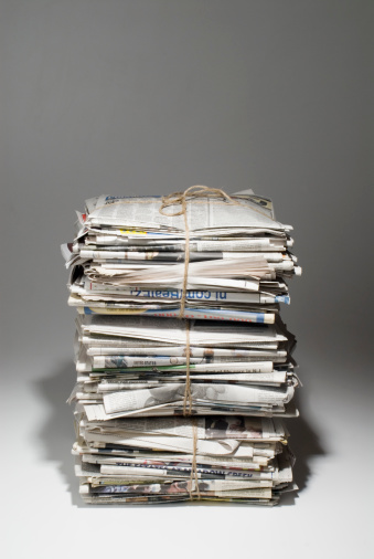 Recycling「Bundles of old newspapers」:スマホ壁紙(16)