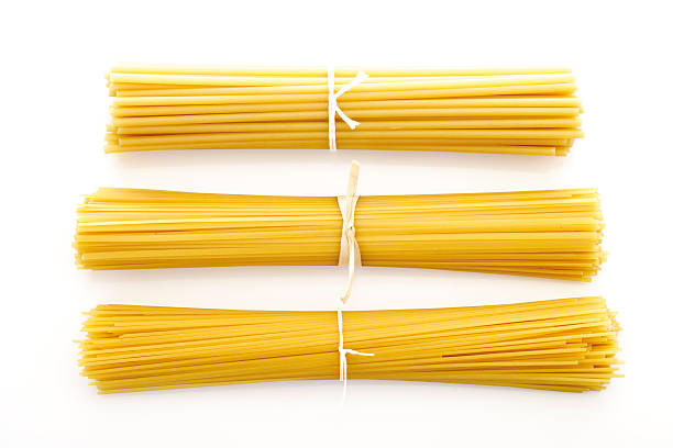 Bundles of spaghetti, elevated view:スマホ壁紙(壁紙.com)