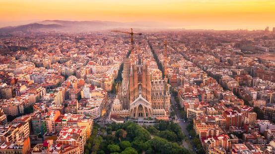 Cathedral「Sagrada Familia Barcelona Spain」:スマホ壁紙(10)