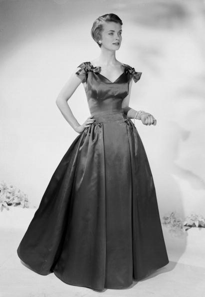 Evening Wear「Ball Gown」:写真・画像(11)[壁紙.com]