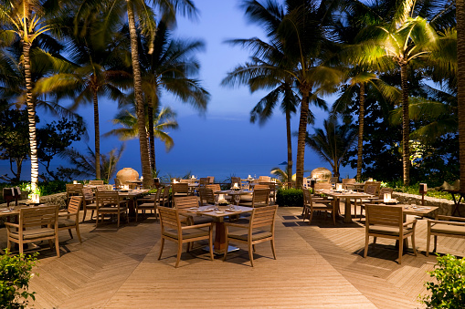 豪華 ビーチ「ウォーターフロントレストラン」の屋外プーケット(タイ)」:スマホ壁紙(19)