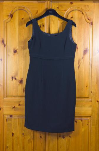 Dress「Wardrobe Series」:スマホ壁紙(3)