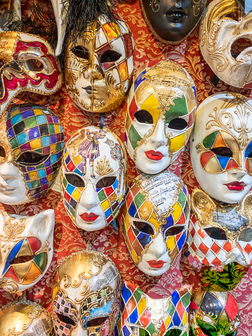 Gift Shop「Group of Carnival mask on wall in Venice」:スマホ壁紙(7)