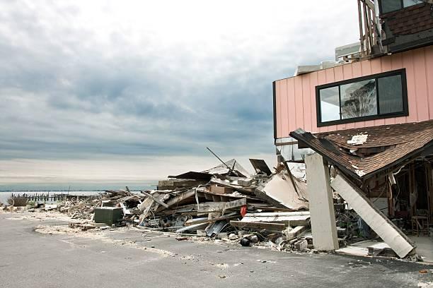 Hurricane damage:スマホ壁紙(壁紙.com)