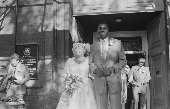 Bride「French And Henry Marry」:写真・画像(15)[壁紙.com]